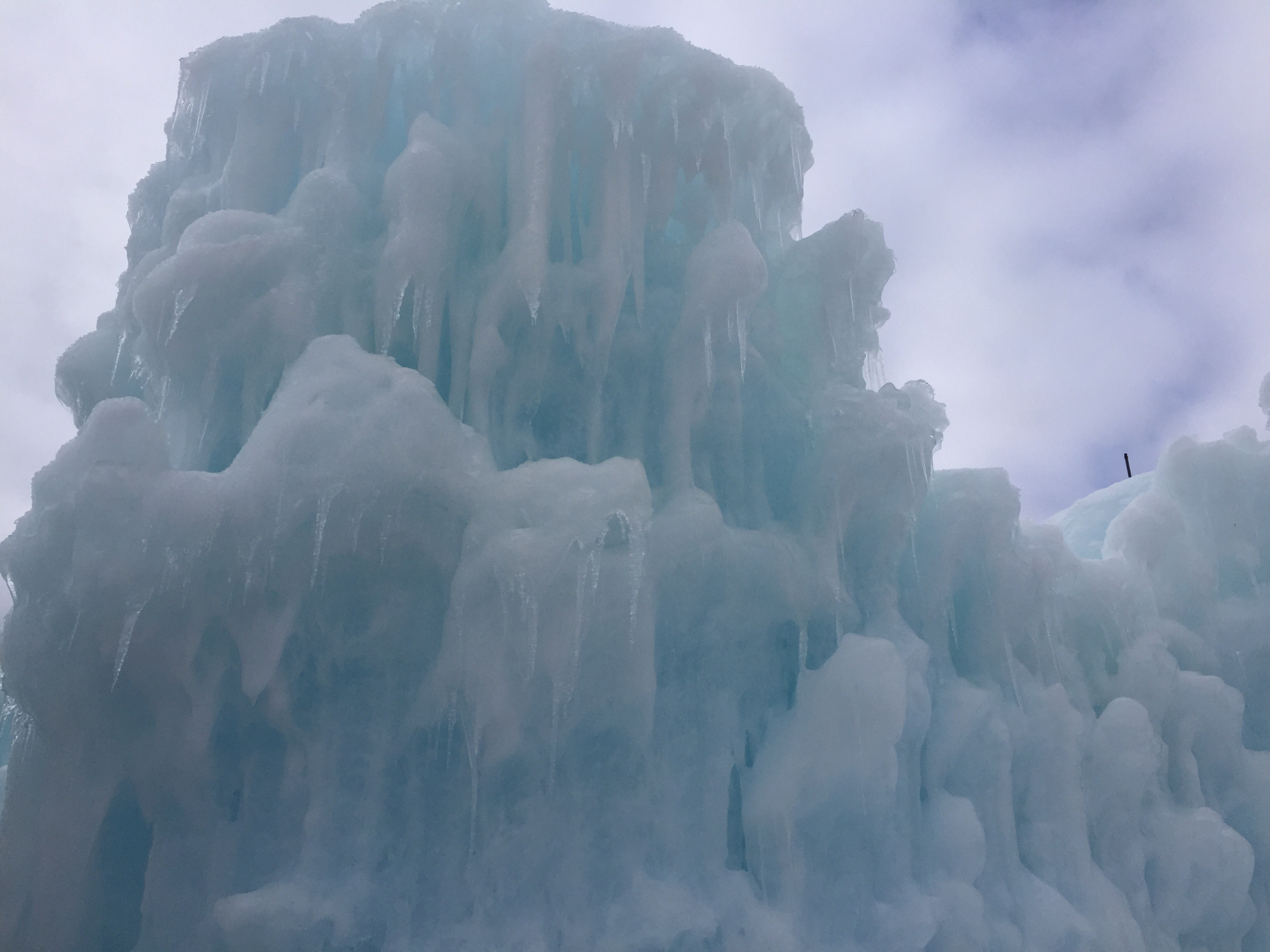 Ice Castles In Lincoln New Hampshire Thrifty Haute Mom